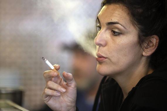 Las mujeres fumadoras tienen más riesgo de sufrir cáncer de mama